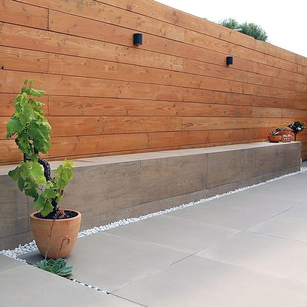 Maatwerk keramiek muurtje